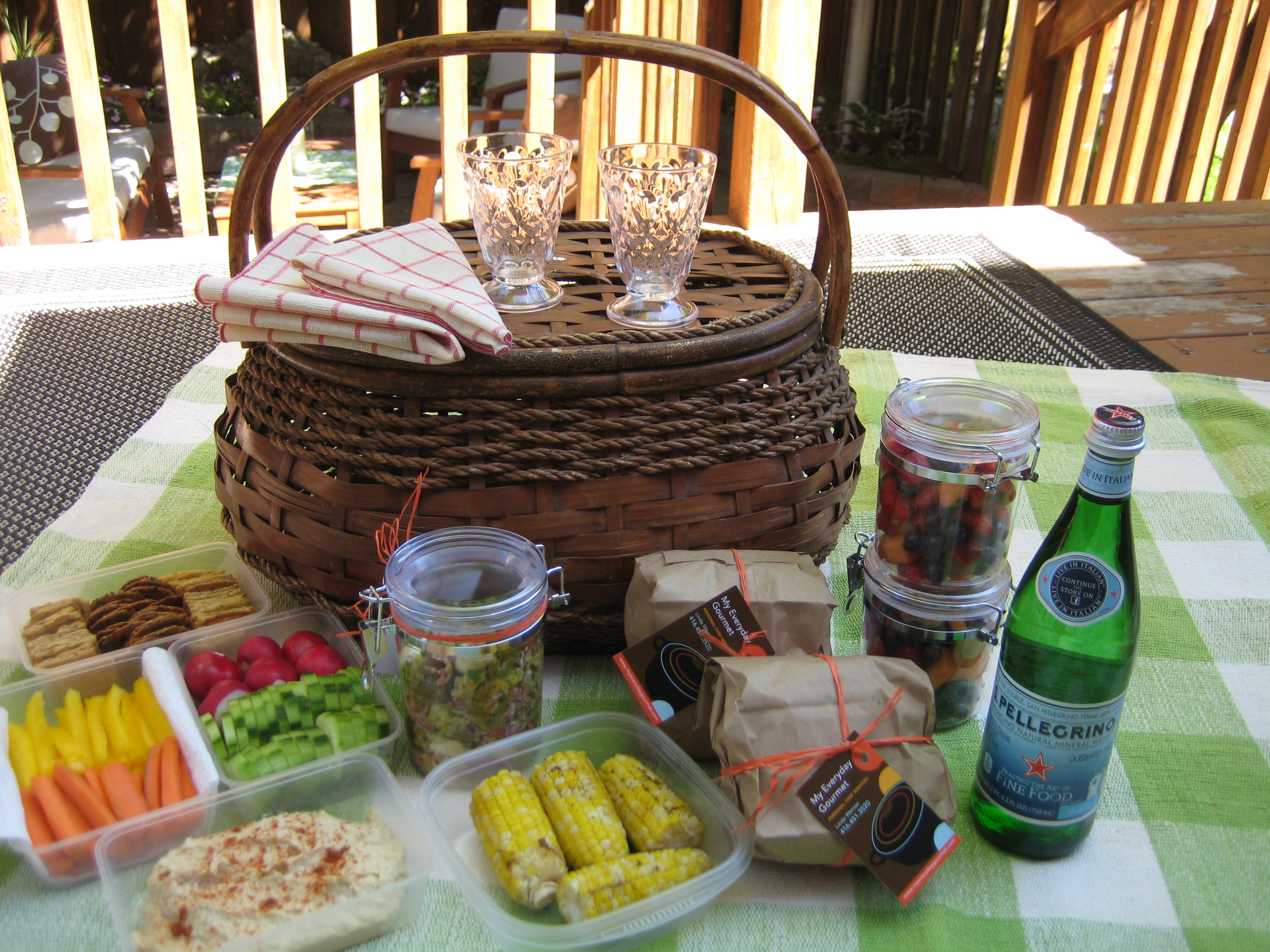 Picnic Basket Food : Toronto picnic basket food meal service from personal